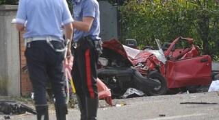 Pesaro, schianto con tre morti: conducente ubriaco, drogato e non ha mai preso la patente