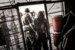 I campi di detenzione in Libia sono un inferno senza via di fuga: è ora di prenderne atto