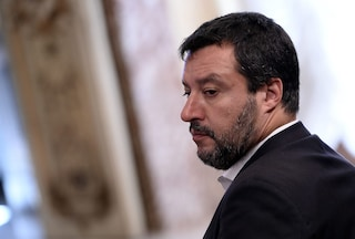 """Salvini attacca: """"È ora che anche gli zingari inizino a pagare per i servizi"""""""