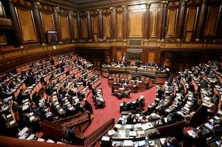 """Codice rosso, approvata la legge contro la violenza sulle donne. Salvini: """"Ma sinistra se ne frega"""""""