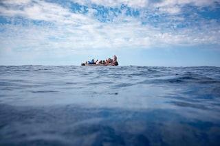 """Allarme Alarm Phone: """"75 migranti al largo di Lampedusa, sono in fuga dalla Libia"""""""