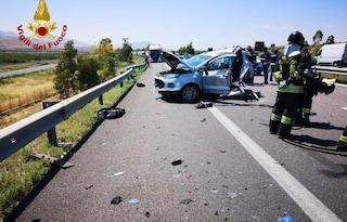 Incidente A19 Palermo-Catania, scontro tra auto: morta 1 donna, 3 feriti e traffico in tilt