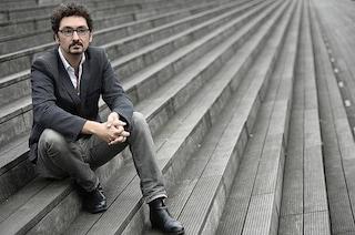 """Lo scrittore francese David Foenkinos: """"L'arte è un rifugio, i libri mi hanno salvato"""""""