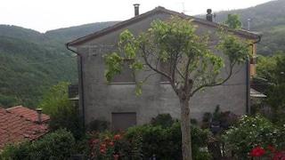 Pesaro. Donna 'fantasma' trovata morta in casa: pesava 30 chili e non usciva di casa da 45 anni