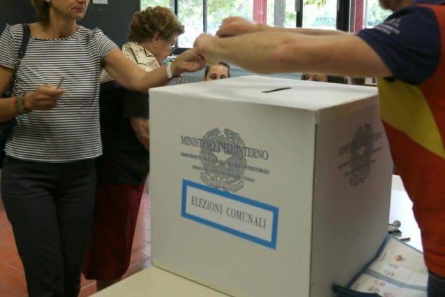 Elezioni comunali e regionali, verso un rinvio a dopo l'estate: voto in primavera dovrebbe slittare