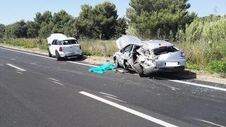 Taranto, scontro tra un'Audi e una Golf: due morti e due feriti gravi