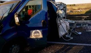 Bari, assalto a portavalori in autostrada: bottino da 100mila euro in monete