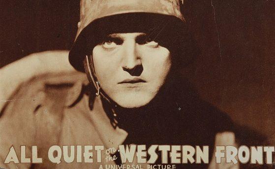 """Locandina del film premio Oscar """"Niente di nuovo sul fronte occidentale"""", tratto dal romanzo di Remarque."""