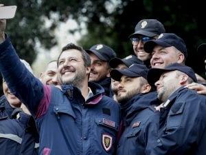 Matteo Salvini alle celebrazioni per il 167esimo anniversario della fondazione della Polizia