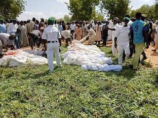 Incubo Nigeria, predoni arrivano su 50 moto e sparano all'impazzata: decine di morti
