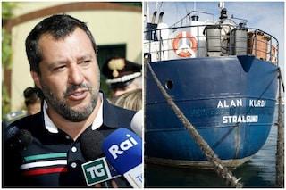"""Migranti, Alan Kurdi soccorre 40 persone. Salvini: """"Se ha a cuore loro salute vada in Tunisia"""""""