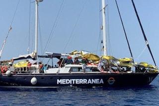 Offese razziste sotto un post sui migranti: hater ripara con donazione a  Mediterranea e SeaWatch