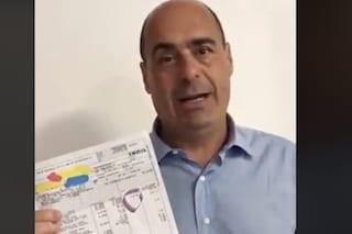 """Mercatone Uno, Zingaretti mostra busta paga lavoratrice da 28 euro: """"Lasciati soli dal governo"""""""