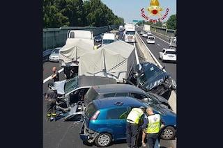 Incidente A11, maxi tamponamento tra auto e camion: 3 feriti e traffico in tilt verso Firenze