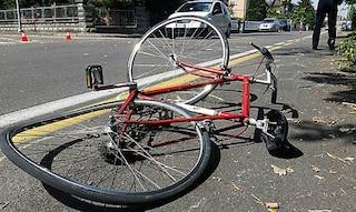Investita da un'auto mentre era in bici: Gloria muore dopo 4 giorni di agonia. Aveva 13 anni