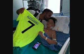 """Alessandro, investito a Cerignola, è uscito dal coma: """"Ha un po' di fratture ma si rimetterà presto"""""""