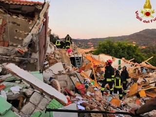 Esplosione di una palazzina all'Isola d'Elba: due morti, sono marito e moglie