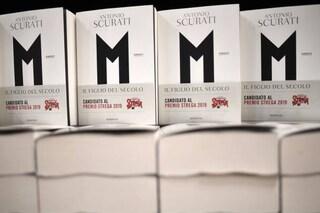 """Premio Strega, """"M. Il figlio del secolo"""" di Antonio Scurati: di cosa parla il libro"""