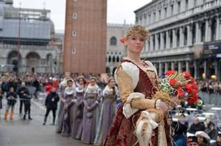 Dramma a Venezia, morta a 24 anni Marianna Serena: era stata l'angelo del Carnevale