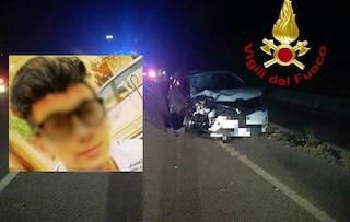 Arezzo, tragico schianto in motorino contro un'auto: Nunzio muore a 16 anni, grave l'amico