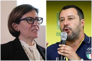 """Matteo Salvini risponde a Elisabetta Trenta: """"Navi della Marina non sono taxi per le Ong"""""""