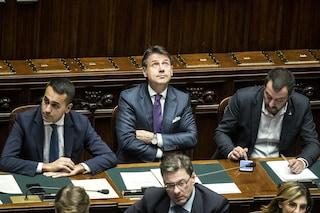 """Crisi governo, sfida su data voto. Grillo: """"Salverò Paese"""". Salvini replica: """"Inorridisco"""""""