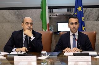 """Trattativa Pd-M5S, resta il nodo Conte. Di Maio: """"Unico nome"""". Zingaretti non cede"""