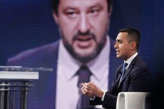 """M5s contro Salvini: """"Agli ordini di Berlusconi, difende casta e vota no a taglio poltrone"""""""