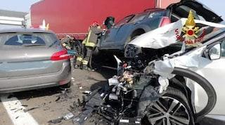 Contro esodo, maxi tamponamento in A4: cinque auto coinvolte, 10 feriti, anche due bambini