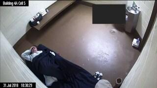 """USA, detenuta lasciata partorire da sola in carcere: """"Una giornata di terrore"""""""