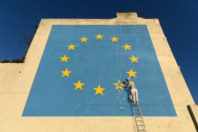 È sparito nel nulla un grosso murales di Banksy sulla Brexit
