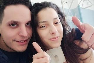 """La lotta di Esmeralda, mamma di 24 anni da tempo malata: """"Aiutateci a ridarle il sorriso"""""""
