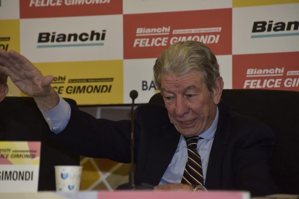 Gimondi è uno 7 ciclisti ad aver vinto tutte e tre le grandi corse a tappe.