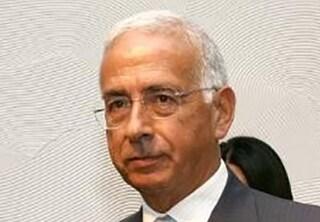 Palermo, l'ex questore Giovanni Finazzo precipita dal balcone e muore: ipotesi suicidio