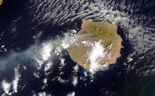 Spagna, vasto incendio a Gran Canaria: evacuate 8mila persone
