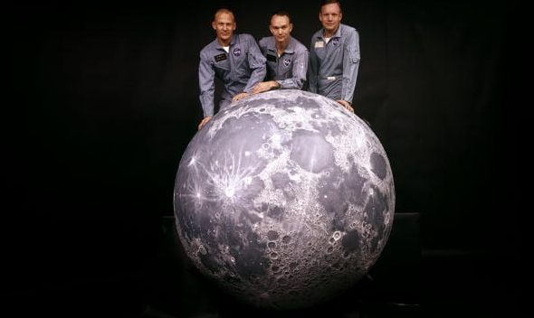 """A 50 anni dalla missione Apollo 11, Venezia inaugura """"50 anni di Luna nuova""""."""