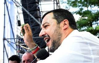 """Salvini contro il governo: """"Primo Cdm primi interventi pro-migranti, sono senza vergogna"""""""