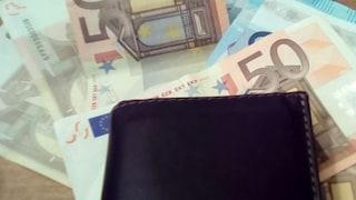 Pensionato muore in incidente stradale: in tasca aveva 14mila euro, non si fidava delle banche