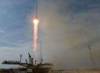 Soyuz, la navetta russa guidata da un pilota robot ha fallito l'attracco alla stazione spaziale