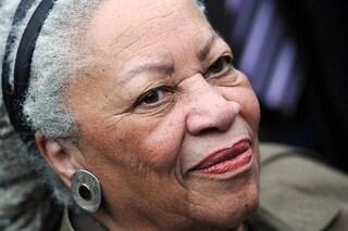 """Toni Morrison, il dolore di Obama, Oprah Winfrey, Angela Davis: """"Addio alla nostra regina"""""""