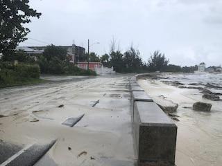 "Uragano Dorian, 5 morti alle Bahamas e ora punta la Florida: ""Cadaveri per le strade"""