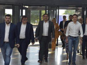 Camera quattro deputati vicini a toti lasciano gruppo di forza italia entrano nel misto for Deputati forza italia