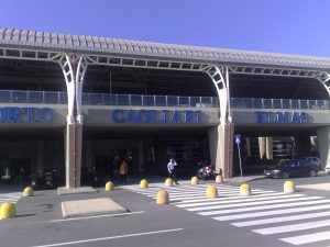 Aeroporto di Cagliari Elmas (Wikipedia).