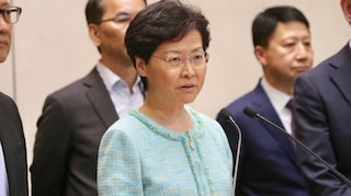 Hong Kong ritira la legge sulle estradizioni, esultano i manifestanti