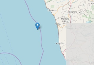 Terremoto in Calabria, scossa di 4.2 scuote la provincia di Cosenza: paura e treni fermi