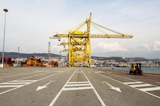 La crisi economica sta arrivando in Italia, ma la politica se ne frega