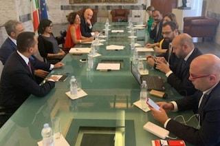 """Conte bis, Di Maio incontra i ministri 5S alla Farnesina: """"Pronti al taglio dei parlamentari"""""""