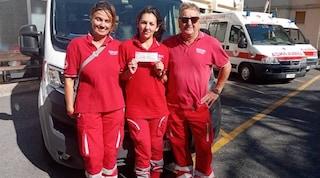 """""""Quanto costa un'ambulanza?"""", e benefattrice stacca un assegno da 50mila euro"""