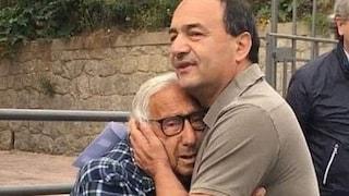 """Sentenza Mimmo Lucano: """"Come posso dire a mio figlio che si condanna chi aiuta il prossimo?"""""""