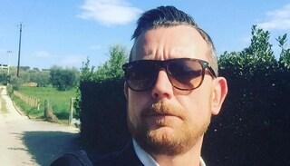 Verona, tampona un'auto e viene sbalzato dalla moto, poi un autobus lo travolge: muore a 39 anni